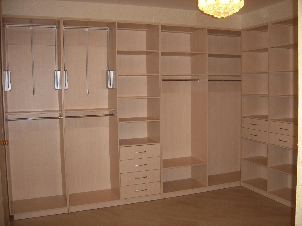 Гардеробные комнаты - фото.